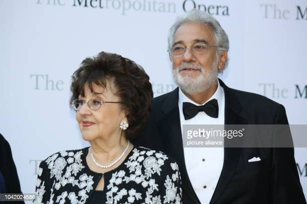 Placido Domingo and his wife Marta arrive for the season opening of the Metropolitan Opera in new York USA 23 September 2013 Pyotr Tchaikovsky's...