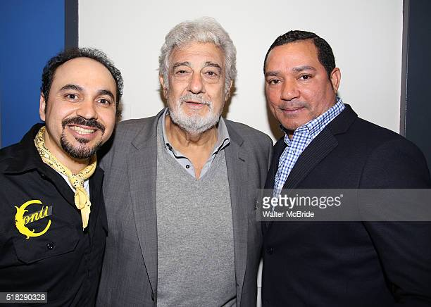 Placido Domingo visits his former student Jose Adan Perez the star of the opera ÁFigaro and Frank Reyes at the New Duke 42nd Street on March 30 2016...