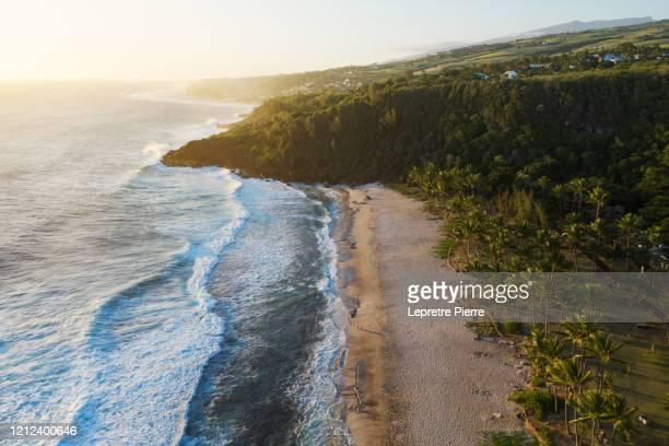 plage de grande anse - ile de la réunion - isla reunion fotografías e imágenes de stock