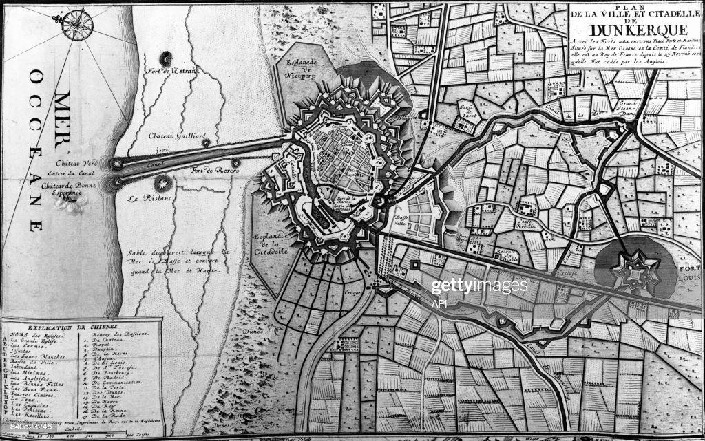 Plan de la ville et de la citadelle de Dunkerque, France.