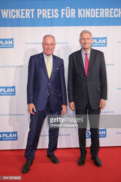 Plan International Werner Bauch and Ulrich Wickert attend the Ulrich Wickert and Peter SchollLatour award at Bar jeder Vernunft on September 27 2018...