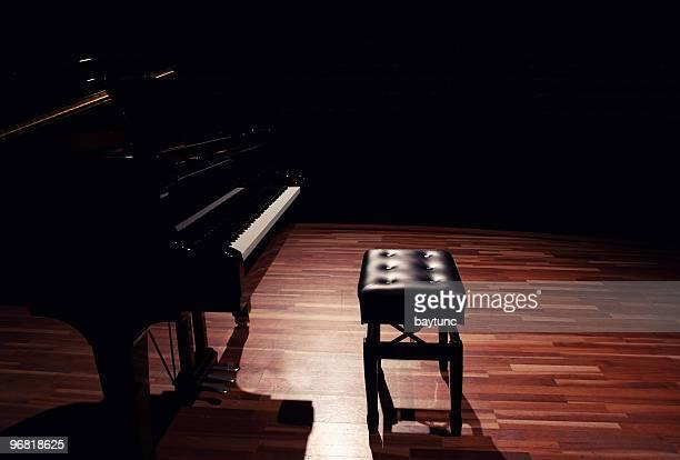 ピアノ - グランドピアノ ストックフォトと画像