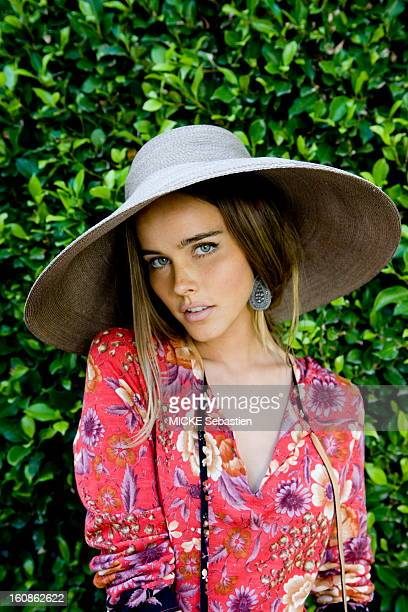Plan sensual face of Isabel Lucas a young Australian actress of 24 years to the screen in the movie 'Transformers 2 Revenge of the Fallen' by Michael...