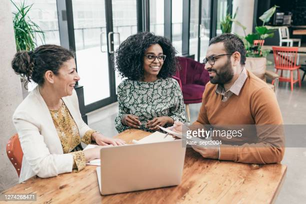 a plan that puts the best financial choices in your hands. - business finance and industry stock pictures, royalty-free photos & images