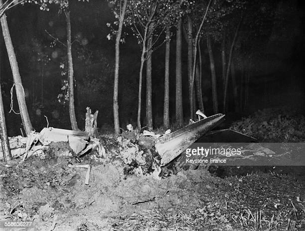 Plane crash where are killed Enrico MATTEI president of the ENI View of the rubble of the plane by night in the woods on October 1962