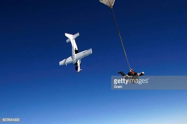 Plane dive skydiving