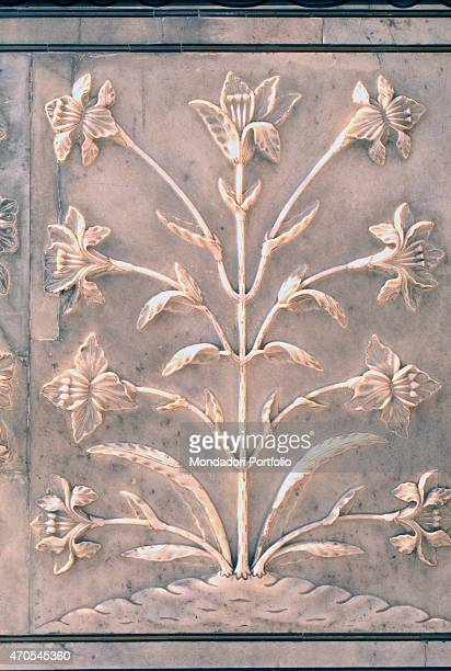 'Plant basrelief by Mughal craftsmen 16321653 17th Century marble basrelief India Agra Taj Mahal Detail Close up view of a basrelief work...