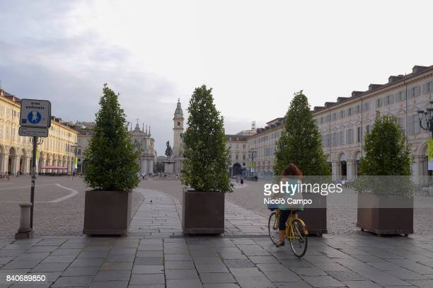 Planters are placed in Piazza San Carlo in Turin after the terrorist attack in Barcelona