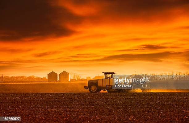 planting rural nebraska, usa - nebraska stock pictures, royalty-free photos & images