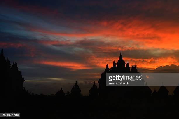 plaosan temples and stupa at sunset, yogyakarta, indonesia - yogyakarta stock pictures, royalty-free photos & images