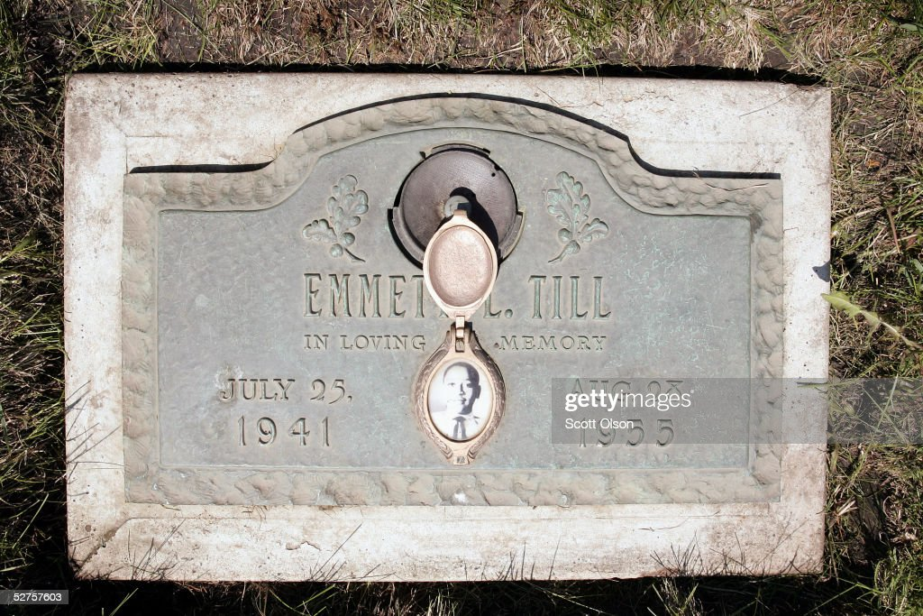 A plaque marks the gravesite of Emmett Till at Burr Oak Cemetery May 4, 2005 in Aslip, Illinois. The FBI is considering exhuming the body of Till, whose unsolved 1955 murder in Money, Mississippi, after whistling at a white woman helped spark the U.S. civil rights movement.