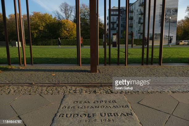 A plaque to Rudolf Urban who died from injuries he sustained while trying to flee from East Berlin into West Berlin in the early days of the Berlin...