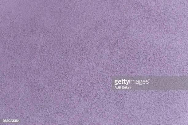 plastered concrete wall (lavender colored) - color lavanda - fotografias e filmes do acervo