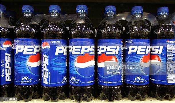 Plastic bottles of Pepsi are displayed on a store shelf June 13 2006 in Des Plaines Illinois Doctors at the annual American Medical Association...