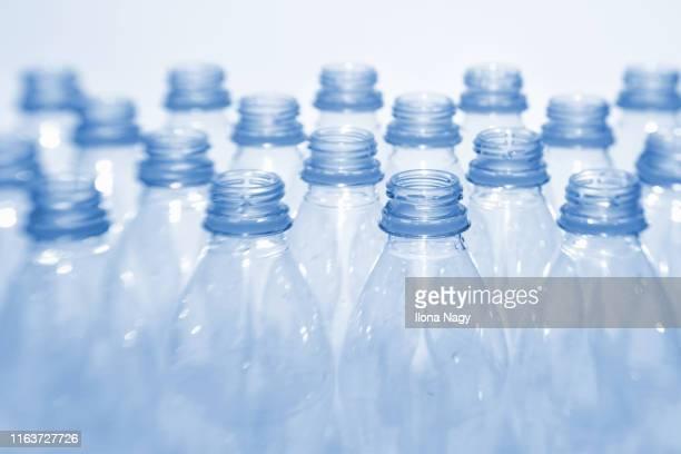 plastic bottles - プラスチック ストックフォトと画像