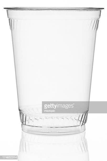 プラスチック製カップ