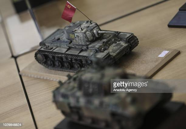 60 Top Plastic Army Tank Pictures, Photos, & Images - Getty