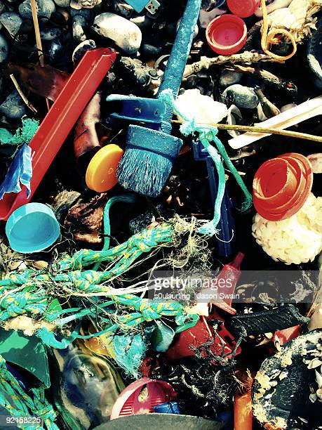 plastic pollution - s0ulsurfing fotografías e imágenes de stock