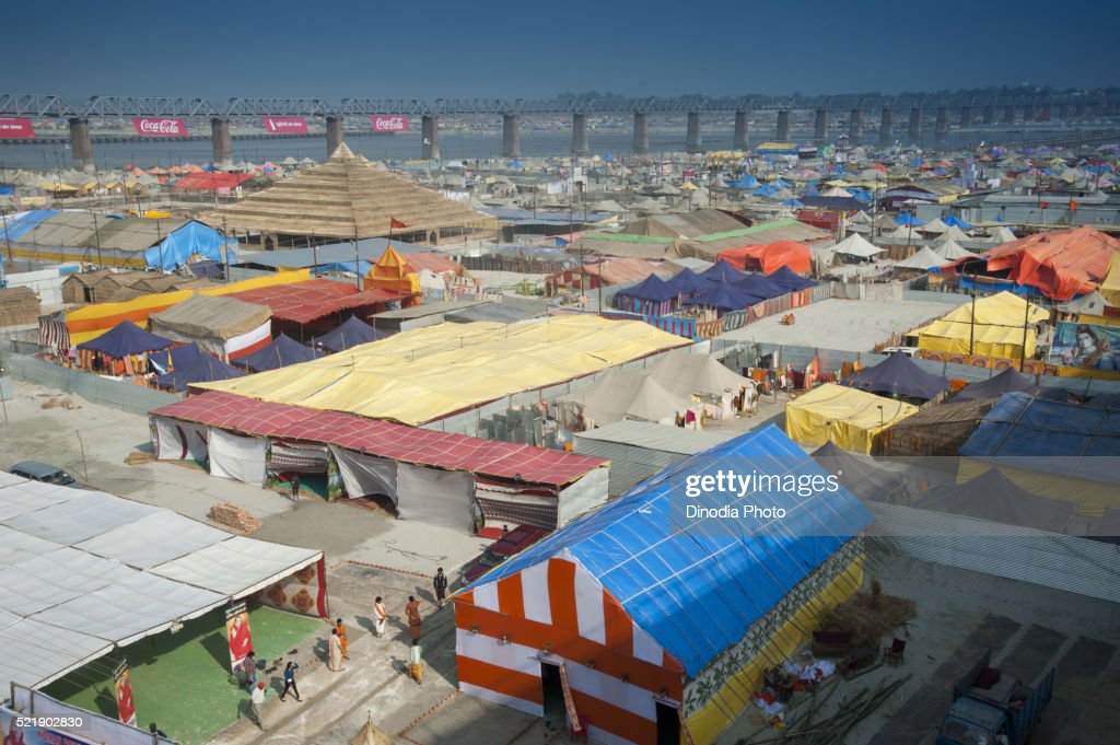 Plastic Tent House in kumbha mela allahabad uttar pradesh India  Stock Photo & Plastic Tent House In Kumbha Mela Allahabad Uttar Pradesh India ...