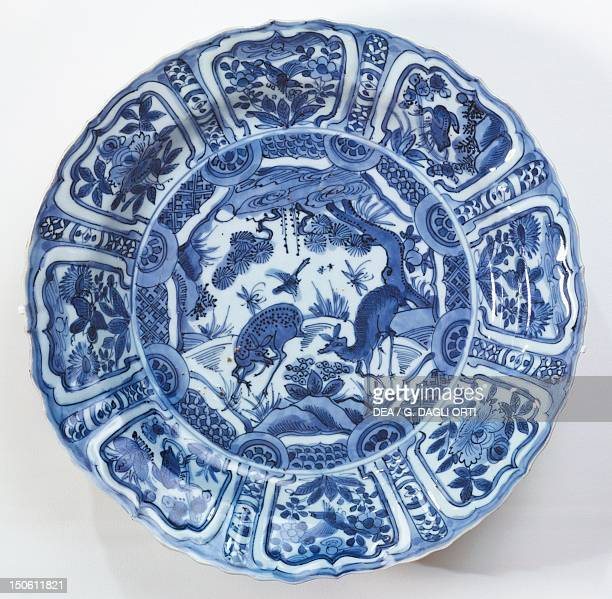 Plate decorated with forest deers 15801600 Kraak blue and white porcelain from Southern China and for export Chinese Civilisation Ming dynasty Wanli...
