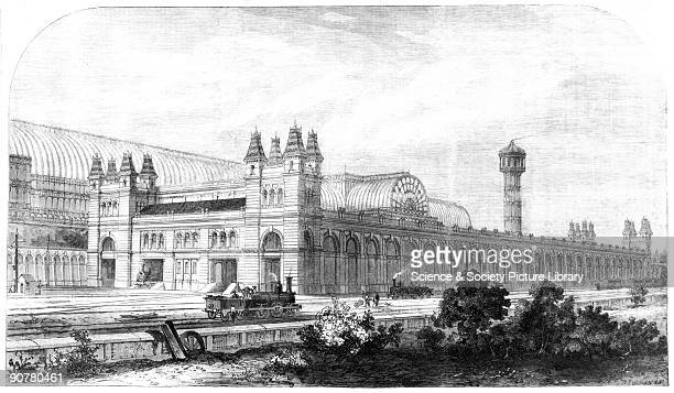 Plate from the Illustrated London News. The original, �low level� station at Crystal Palace was constructed in 1854, but between then and 1884,...