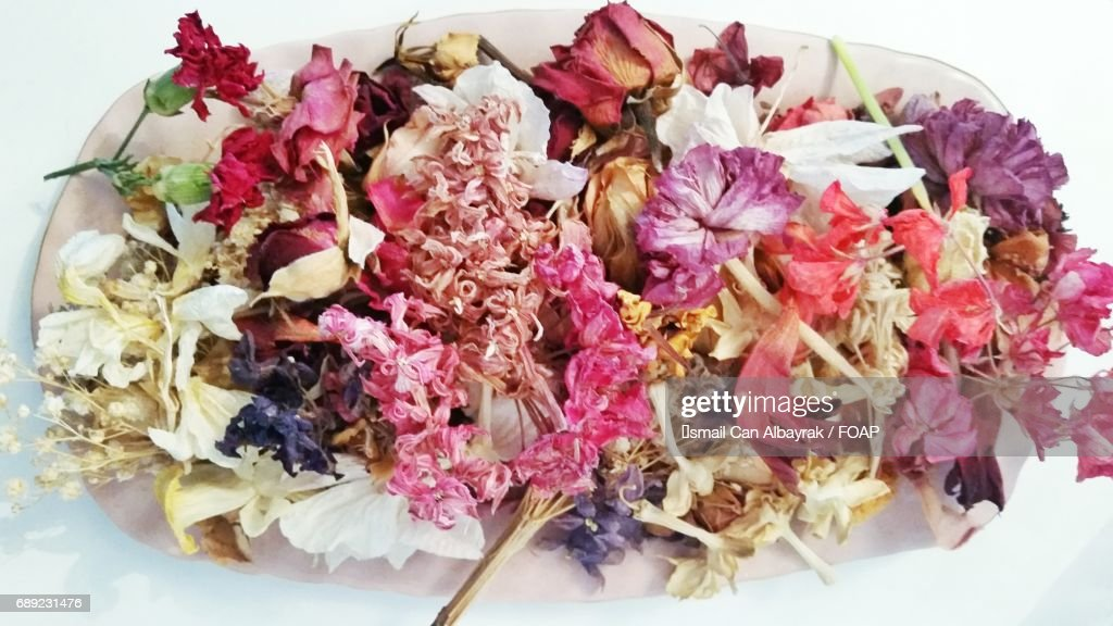 Plate of dried flowers : Stock Photo
