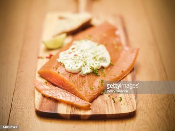 Plate of salmon with tartar sauce