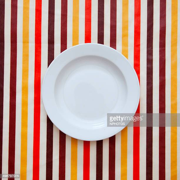 Plate over color stripes