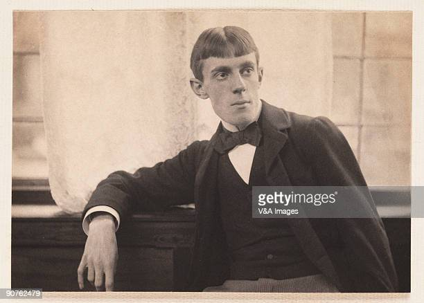UNSPECIFIED JANUARY 28 Platinum print photograph by Frederick Hollyer of British Symbolist artist and illustrator Aubrey Beardsley Beardsley...