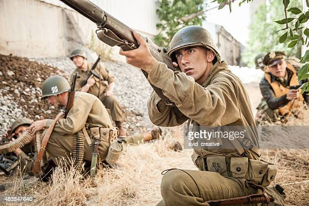 wwii platoon on patrol - world war ii stock pictures, royalty-free photos & images