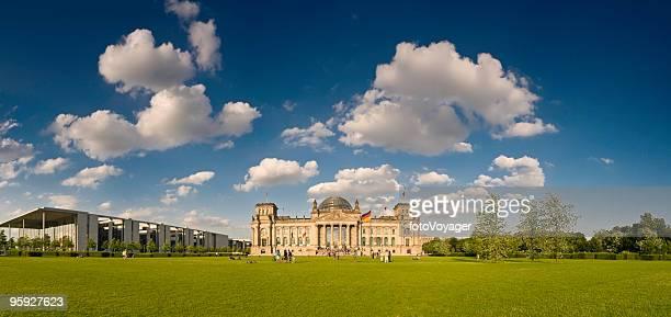 Platz der Republik Reichstag Berlin