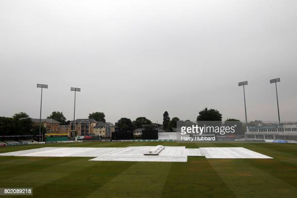 Play is abandoned due to rain during the Specsavers County Championship Division One match between Essex and Middlesex at Cloudfm County Ground on...