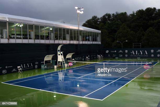 Play is suspended at Court one due to heavy rain during the Quater Finals of the 2017 WTA Malaysian Open at the TPC on March 3, 2017 in Kuala Lumpur,...