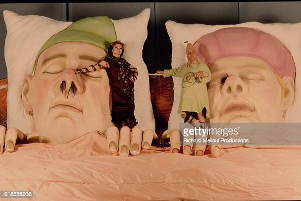 Play Ubu Roi at National Theatre of Chaillot