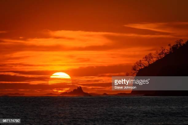 playa carrillo sunset - playa carrillo fotografías e imágenes de stock