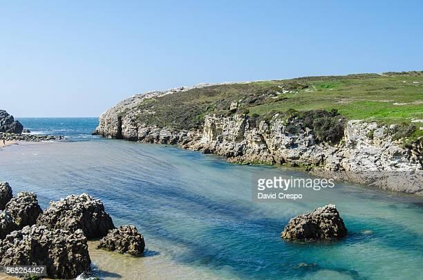 playa de arnia at liencres - david cliff stock pictures, royalty-free photos & images