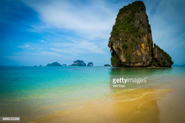 Playa de Hat Tham Phra Nang Railay Provincia de Krabi Tailandia