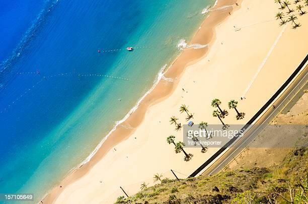 playa de las teresitas-vista aérea - islas canarias fotografías e imágenes de stock