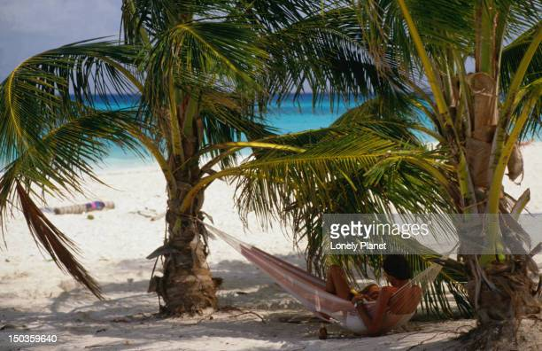 playa del carmen, an island great for just hanging around and watching others just hang around - category:cs1_maint:_others stock pictures, royalty-free photos & images