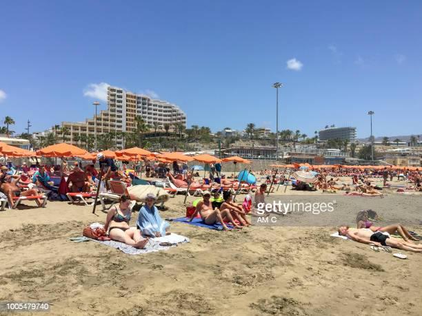 """playa del inglés (""""engelsmannens beach"""") - nakenbad bildbanksfoton och bilder"""