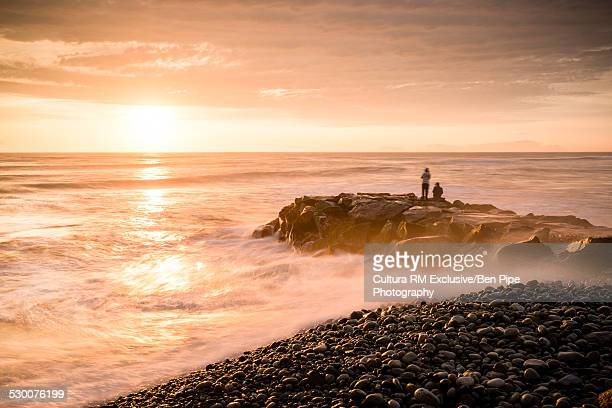 playa waikiki at sunset, miraflores, lima, peru, south america - lima peru stock pictures, royalty-free photos & images