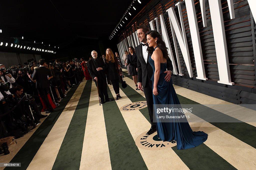 2015 Vanity Fair Oscar Party Hosted By Graydon Carter - Roaming Arrivals : News Photo