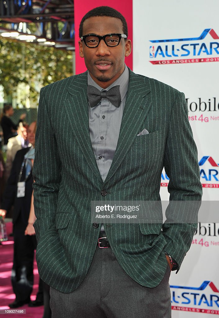 NBA player Amar'e Stoudemire arrives to the T-Mobile Magenta Carpet at the 2011 NBA All-Star Game on February 20, 2011 in Los Angeles, California.