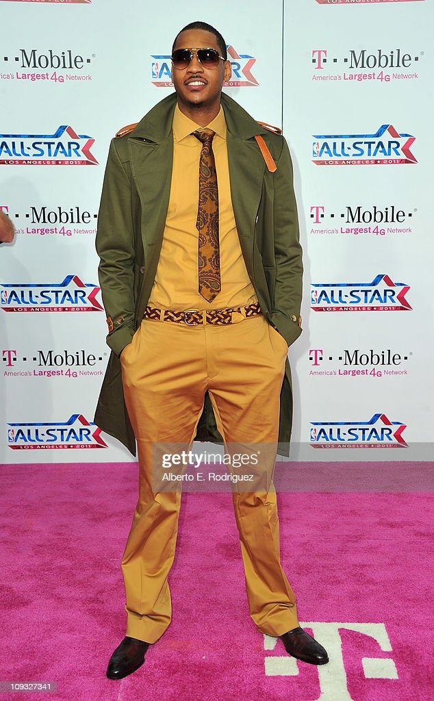 NBA player Carmelo Anthony arrives to the T-Mobile Magenta Carpet at the 2011 NBA All-Star Game on February 20, 2011 in Los Angeles, California.