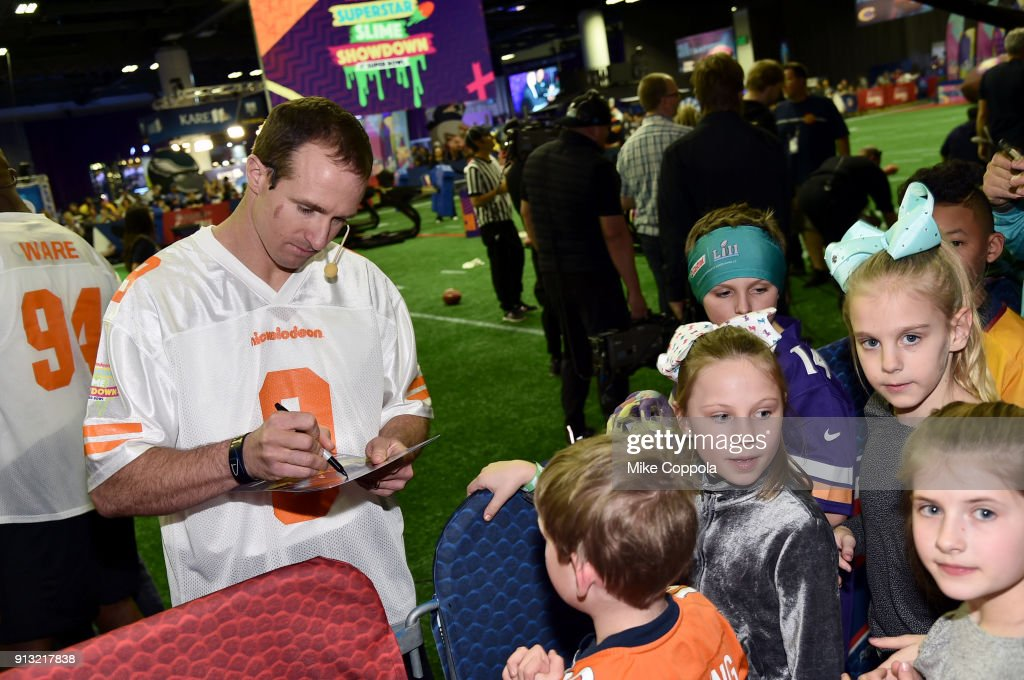 Nickelodeon at the Super Bowl Experience - Superstar Slime Showdown Taping : News Photo
