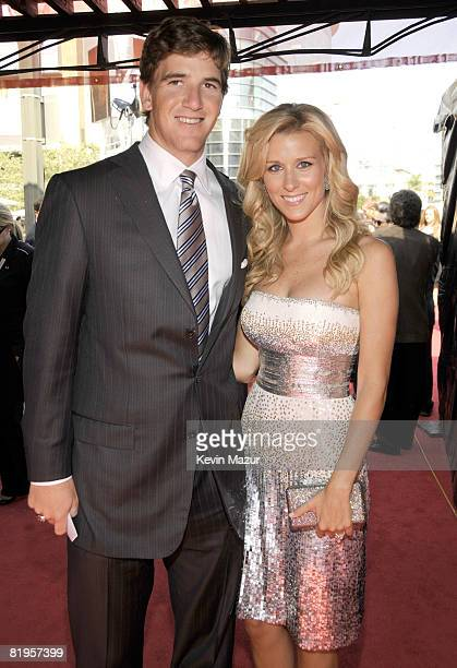 Player Eli Manning and wife Abby McGrew arrive at the 2008 ESPY Awards held at NOKIA Theatre L.A. LIVE on July 16, 2008 in Los Angeles, California....