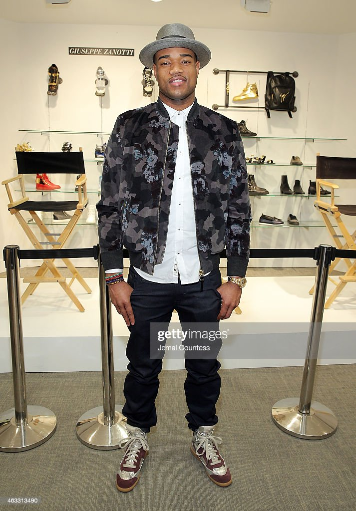 Saks Fifth Avenue, Details, Host NBA All-Star Sneaker Style Cocktail With BrooklynNet Jarrett Jack, Kevin Willis