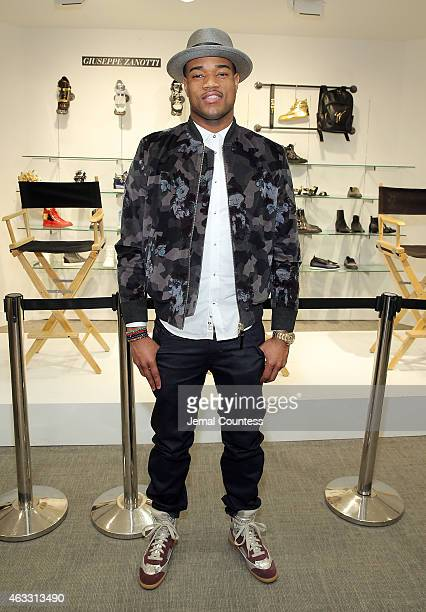Player Jarrett Jack attend the NBA All-Star Sneaker Style Cocktail With Brooklyn Net Jarrett Jack and Kevin Willis hosted by Saks Fifth Avenue and...