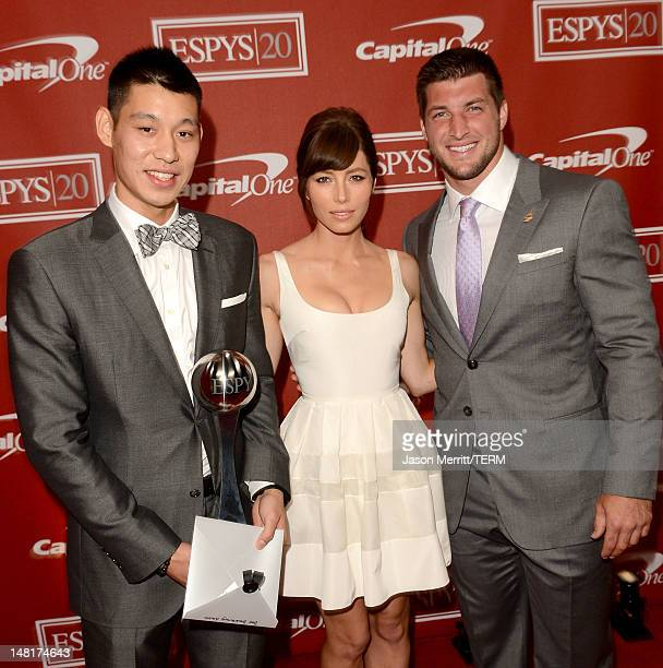 NBA player Jeremy Lin of the New York Knicks actress Jessica Biel and NFL player Tim Tebow of the New York Jets pose backstage during the 2012 ESPY...