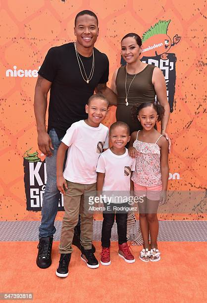 Player Marvin Jones and family attend the Nickelodeon Kids' Choice Sports Awards 2016 at UCLA's Pauley Pavilion on July 14, 2016 in Westwood,...